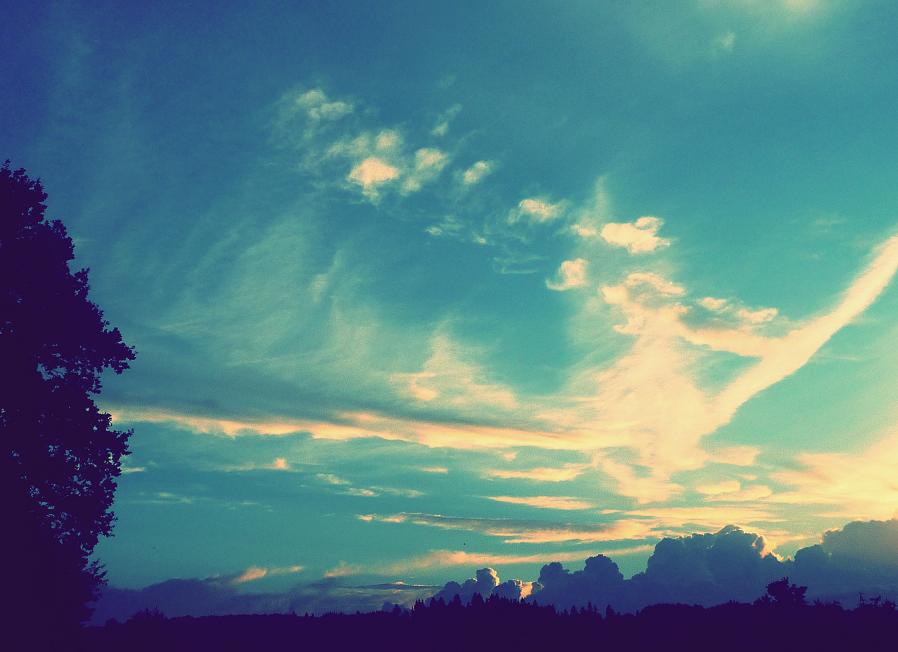 Feels like heaven by MateuszPisarski