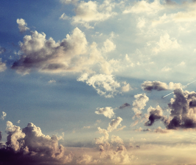 Le Miel retente sa chance. :B Touch_the_sky__by_matthewpoland-d3h0sup