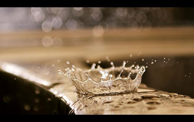 splash... by MateuszPisarski