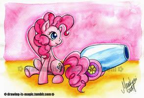 Pinkie Pie by Mana-Kyusai