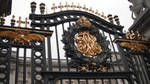Buckingham Palace Gate by Wolfsalvo
