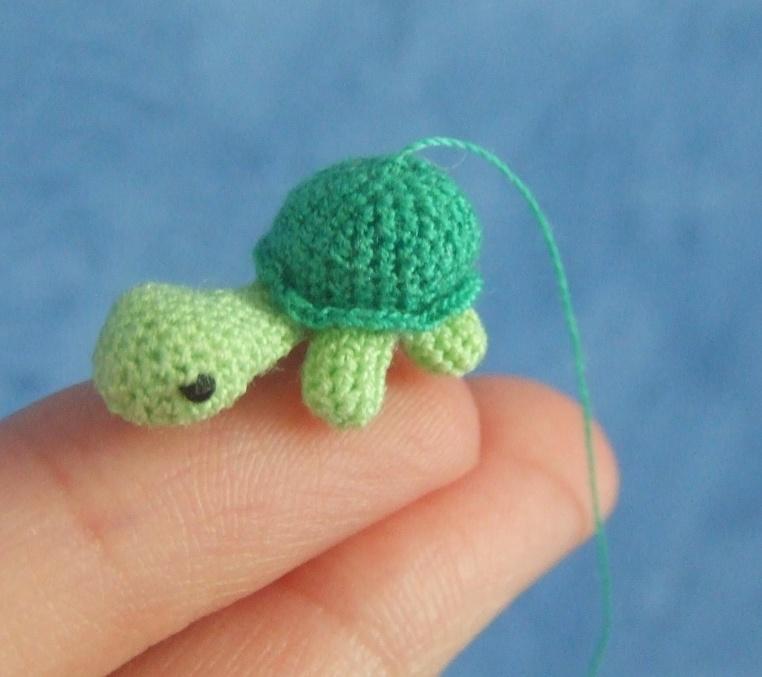 Mini-Mini Amigurumi Turtle by zombie-fever on DeviantArt