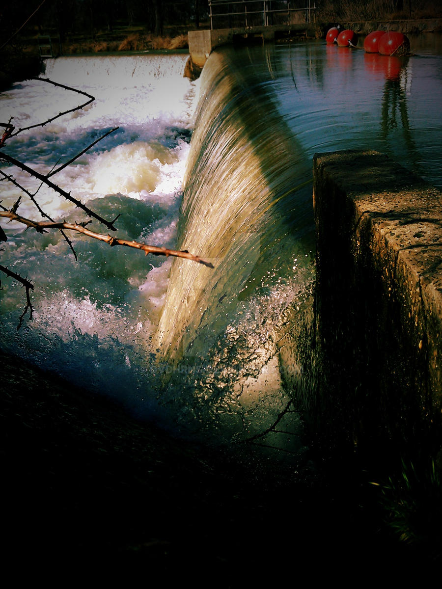 Rock Creek Waterfall by dvdhrns