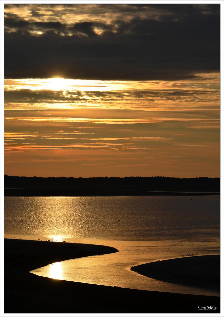 Point of light by KlaraDrielle