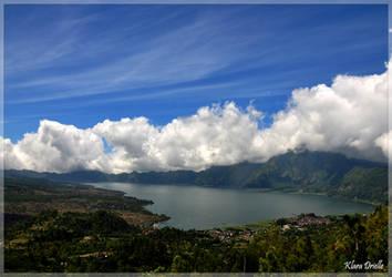Batur volcano crater lake by KlaraDrielle