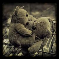 :: Urbex forgotten friends :: by Liek