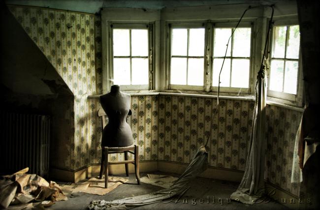 :: Urbex - dressed in dust :: by Liek