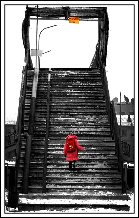 Razbijemo monotoniju bojom - Page 5 The_child_in_the_red_by_tim_u-d4e7k3j