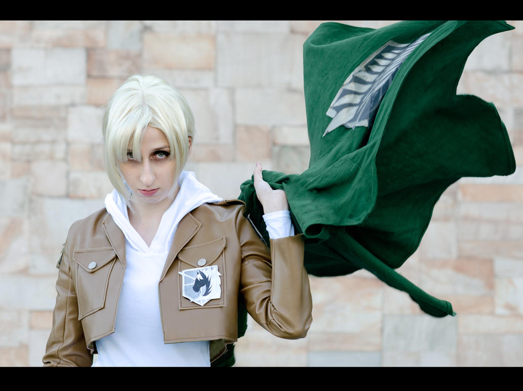 Shingeki no Kyojin: The Wrong Cloak by Green-Makakas