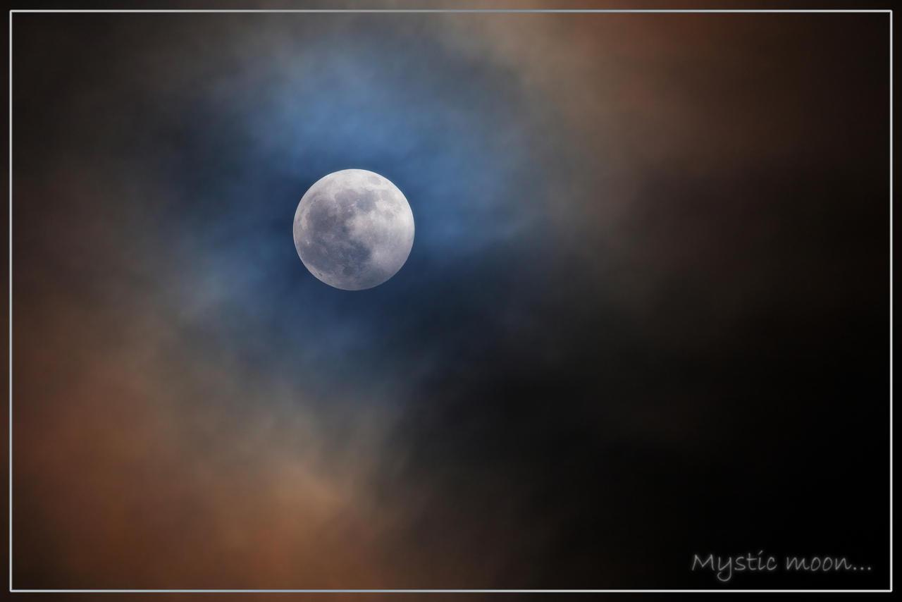 mistic moon