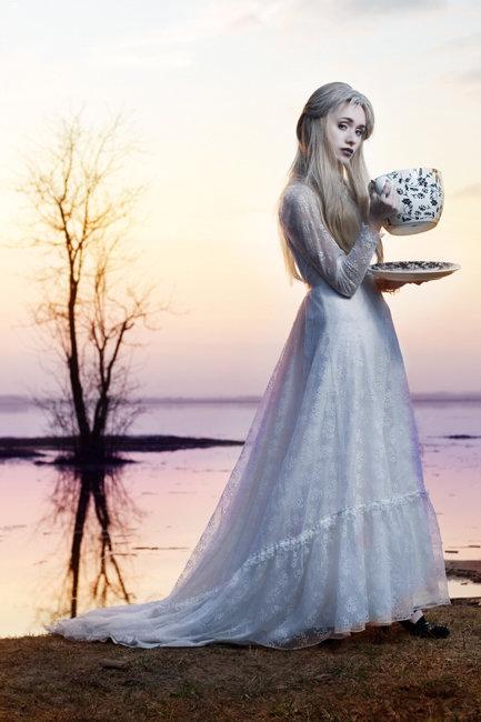The White Queen_6 by Ksenija-Strange
