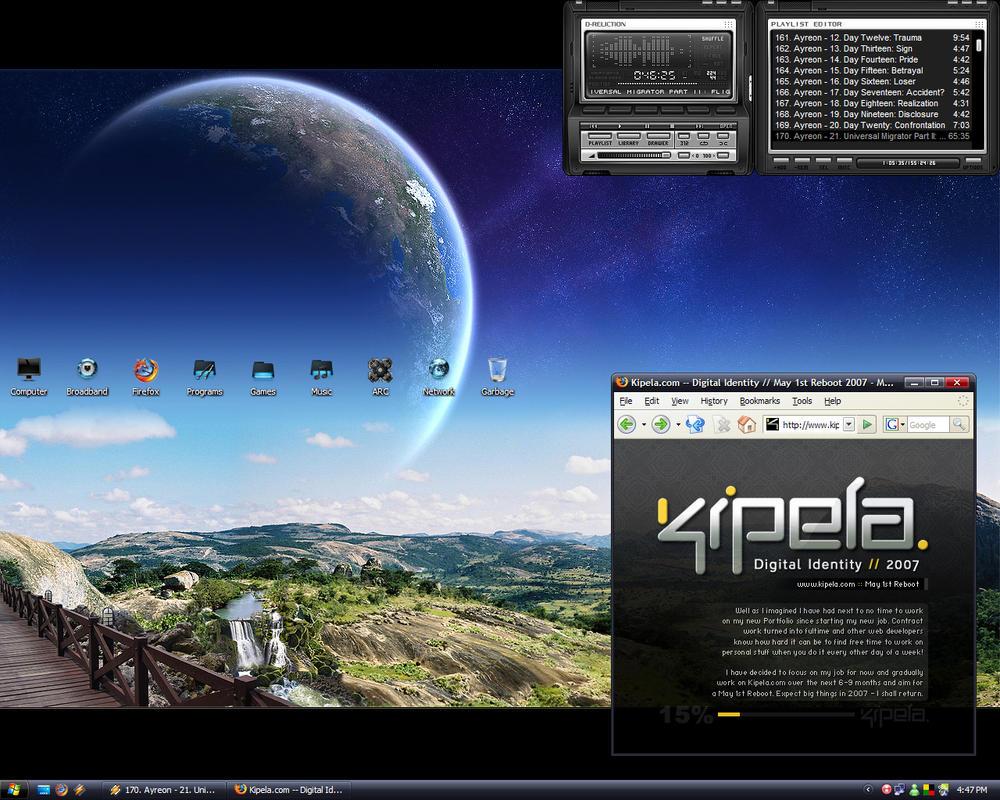 Kipela Desk - Summer 2006 by kipela