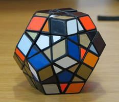Rubik's Dodecahedron by coshipi