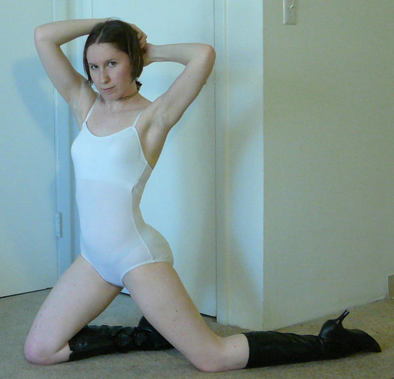 Sailor Sit + Kneel 5 by SenshiStock