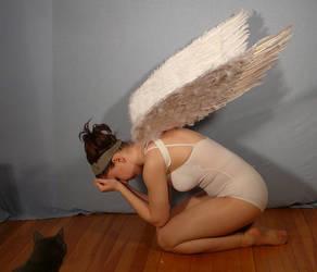 Crying Angel - Pose Reference by SenshiStock