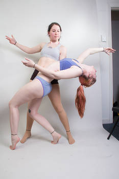 Dancing Girls - Pose Reference