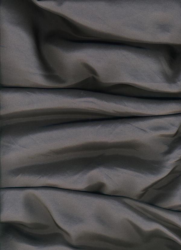 gray silk 02 by Manarangi
