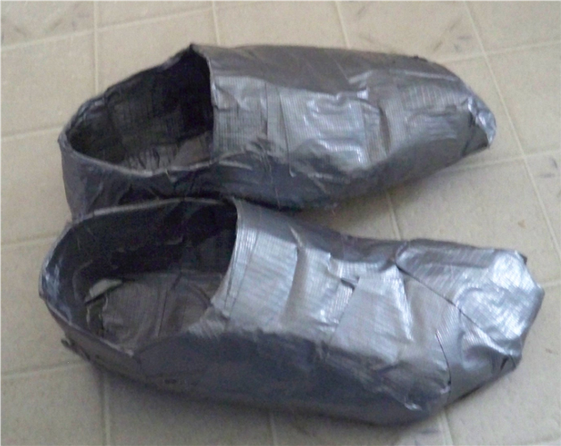Duct_tape_Shoes_2_by_Lord_Hayati.png