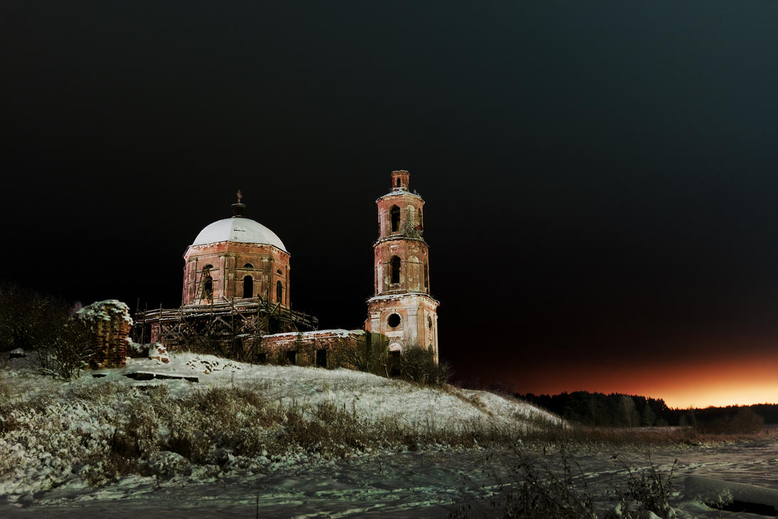 Midnight church #4 by aphoeriks