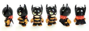 Batgirl munny by FlyingSciurus