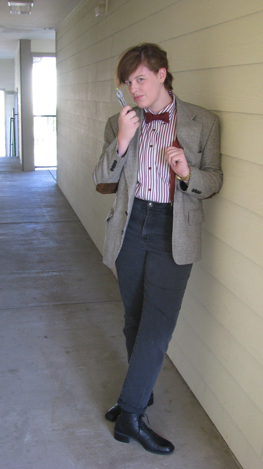 Eleventh_Doctor_Cosplay_1_by_Texas_Guard_Chic  sc 1 st  Forevergeek & Clever Doctor Who Costume and Cosplay Fun for Halloween and 50th ...