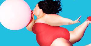 Demi's balloon blowup