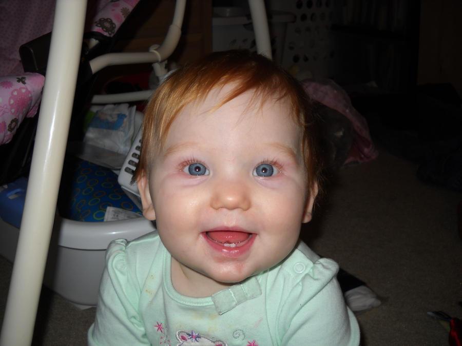 Bright eyes for Daddy by benevolentblue