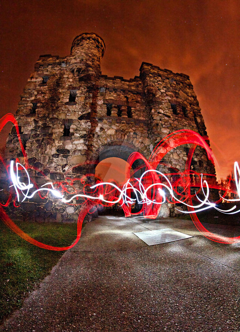 Light Graffiti - The Castle I by aeroartist