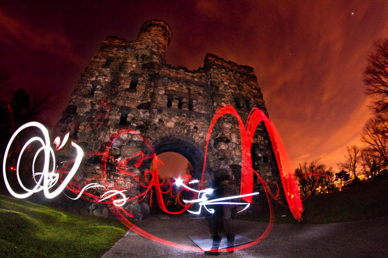 Light Graffiti - The Castle III by aeroartist
