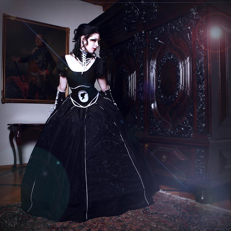 black princess by LadYale