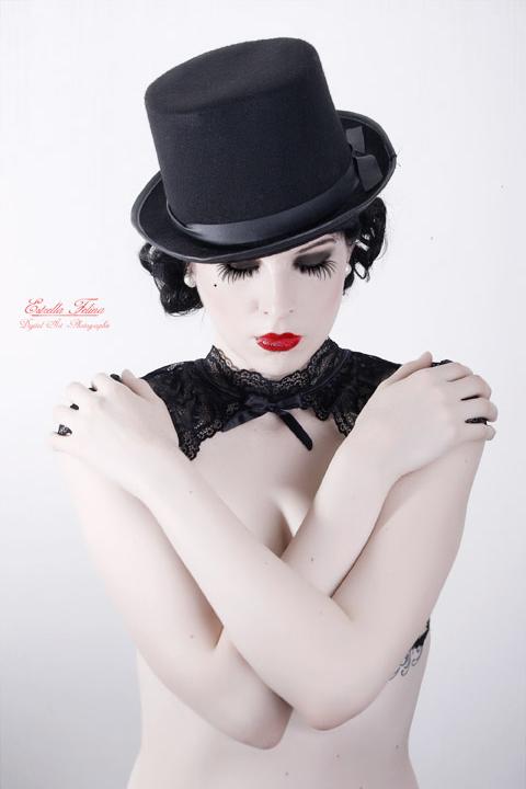 under min hatt by LadYale