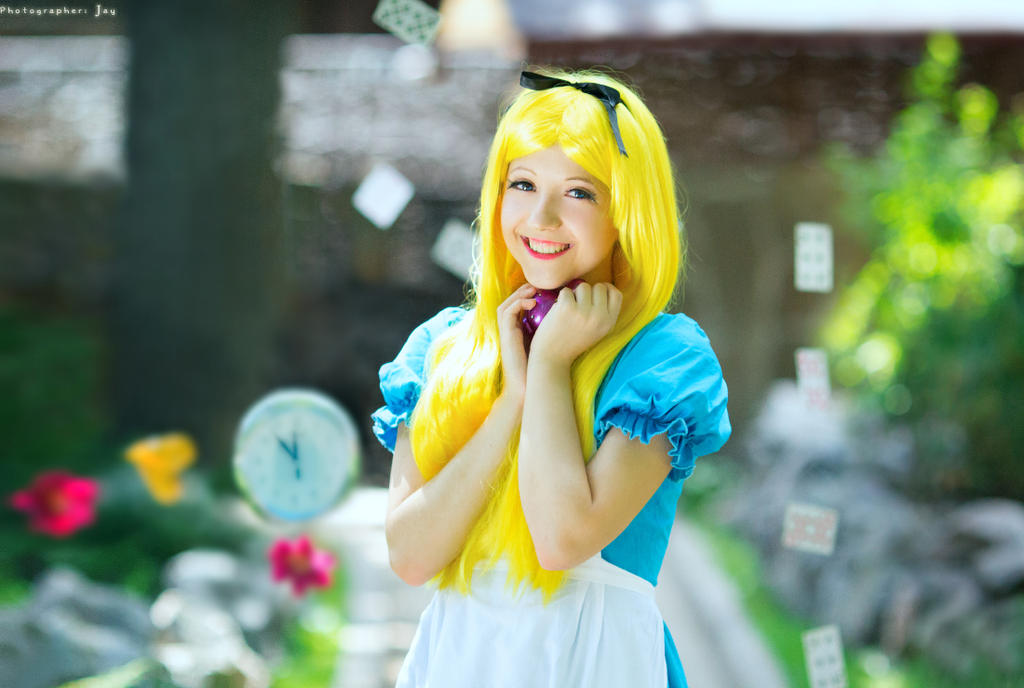 Wonderland by Ariru-lunaticOo