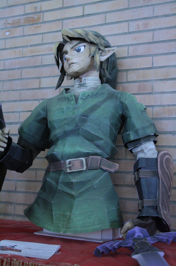Life Size Link