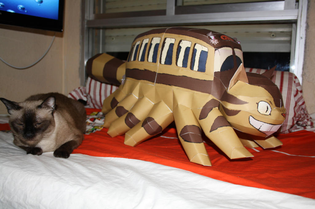 Catbus papercraft by Yuki-Myst