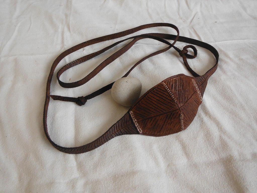 Sling Shot Slingshot, Roman Medieval Primitive Survival Weapon ...
