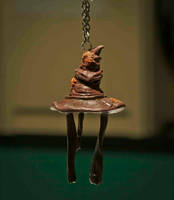 Sorting Hat pendant by EerieStir