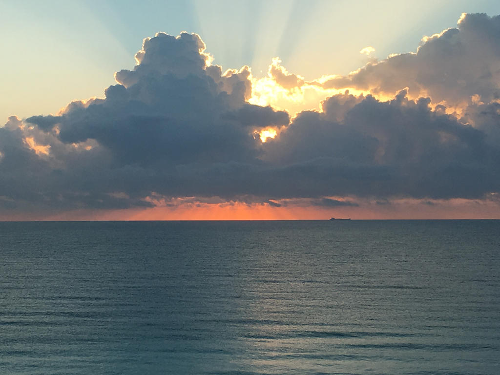 Sunrise in Cancun 2 by rubyred1120