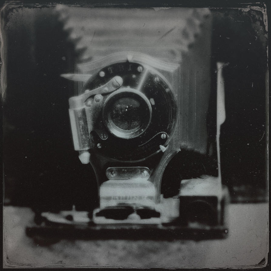 Vintage camera 45 by jfdupuis