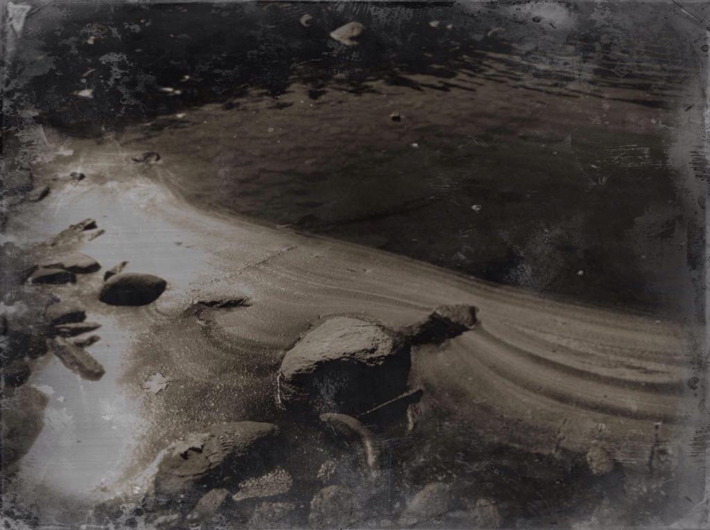 Sepia river by jfdupuis