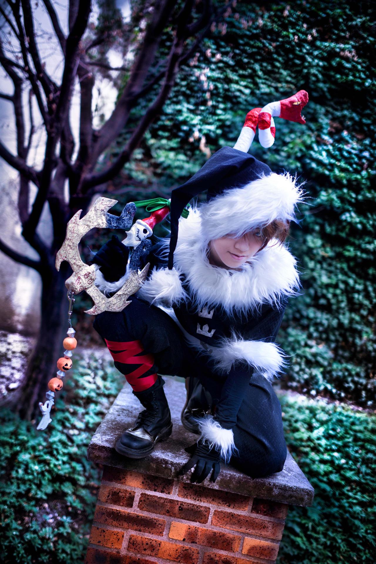 Kingdom Hearts - Santa Helper by TrustOurWorldNow