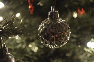Shinning Christmas Ornament by JAStar4