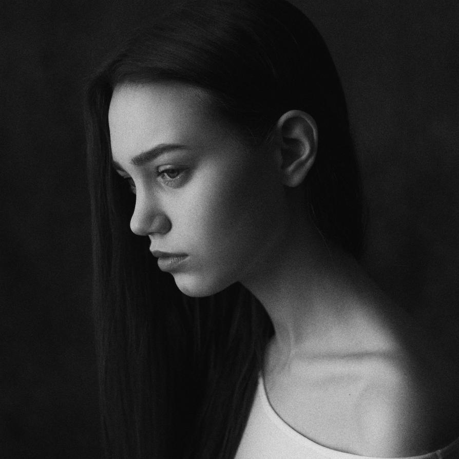 Anna by Pesto86