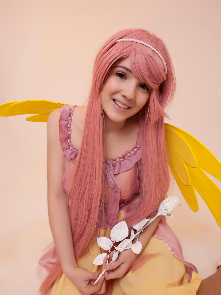 Yayy - Fluttershy Cosplay by blanelle29