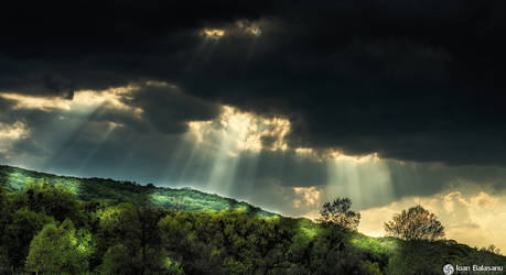 Here comes the light by IoanBalasanu