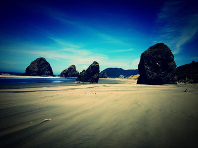 Oregon coast  by Lunalamae11