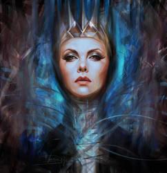 Queen by Olga-Tereshenko