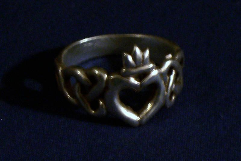 Claddagh ring by MyrddinDerwydd