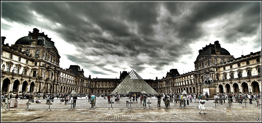 Louvre By Day.I by FadeIn