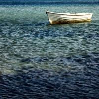 Calm Sea. by KreativesVakuum