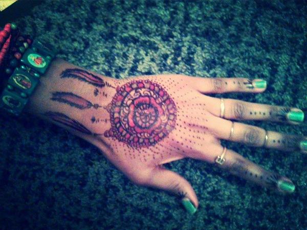 Henna by DekaHussein